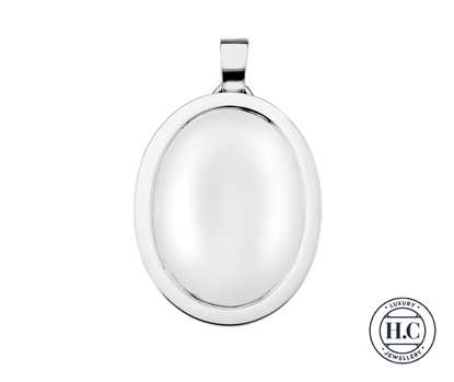 Picture of Sterling Silver H Curteis Plain Oval with Rim Locket Pendant